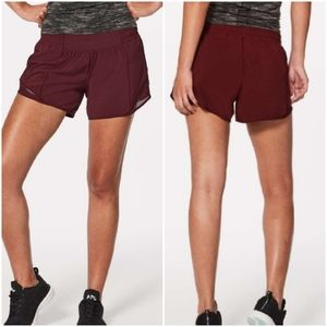 Lululemon Hotty Hot ( 4 TALL ) shorts